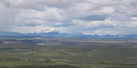 Green River and Wyoming Range in southwest Wyoming